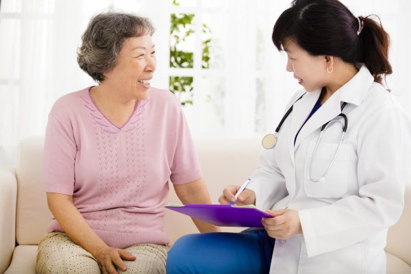 doctor consults with Medicare Advantage patient